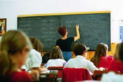 Palermo, un insegnante per tre scuole diverse