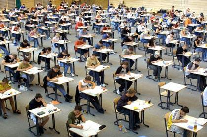 Università, al via il voto minimo per corsi a numero chiuso