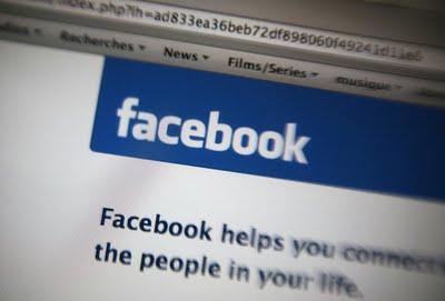 """Sicurezza, Facebook paga chi segnala bug e """"minacce"""" al sito"""