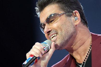 Spettacoli, il cantante George Michael in condizioni gravi