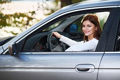 Automobili, si può guidare a 17 anni