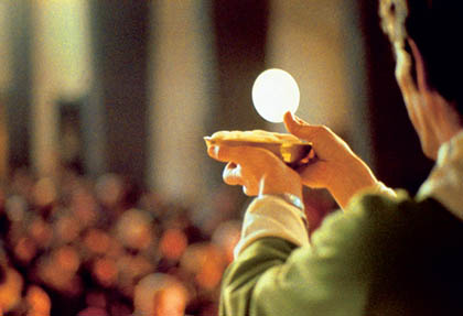 Campobasso, ostie allucinogene in chiesa: fedeli drogati