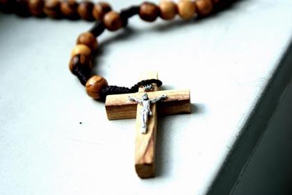 Palermo, insegni religione? Devi essere buon cristiano!