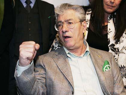 Ultim'ora: si è dimesso Umberto Bossi