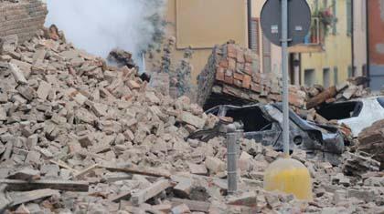 EDIZIONE STRAORDINARIA: Nuovo terremoto in Emilia: 17 morti
