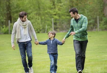 Bambini, vivere in una famiglia omosessuale non è dannoso
