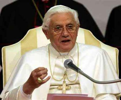Ultim'ora: il Papa si dimetterà il 28 Febbraio