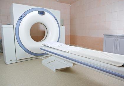 Tumore al polmone, la TAC dimezza i decessi