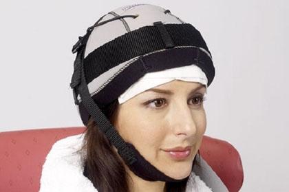 Chemioterapia, i capelli non si perdono… Con la cuffia!