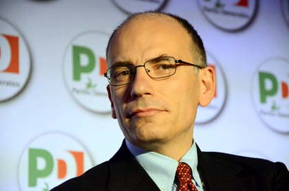 Napolitano affida l'incarico a Enrico Letta