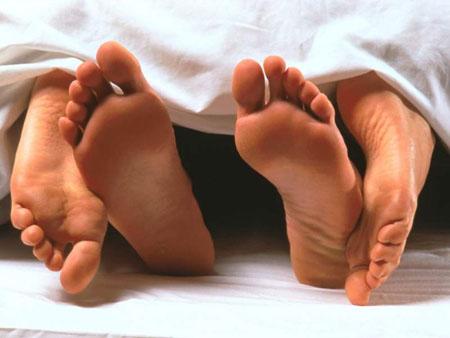 Curiosità, in due a letto? In realtà si è molti di più!