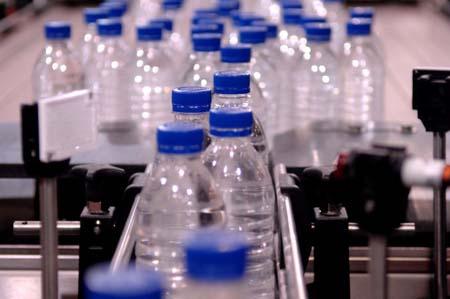 Bottiglie derivate dalla canna da zucchero? Si può!