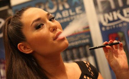 Sigarette elettroniche: è già crisi