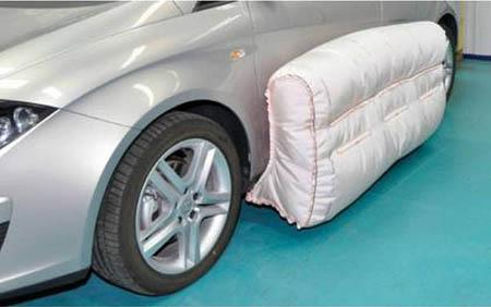 """Automobili, al via a breve gli """"Airbag Esterni"""""""