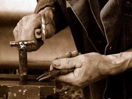 Non hai un lavoro? Fai l'artigiano!