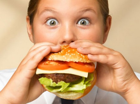 Salute, bambini in sovrappeso? Basta dormire!