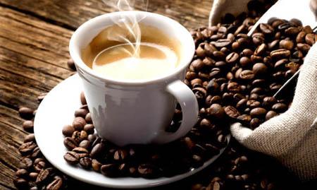 Il caffè? Meglio berlo alle 9:30!