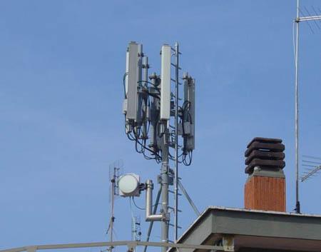 Palermo, troppe antenne: il Comune valuta i rischi