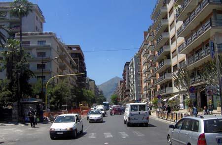 Palermo, Tram: traffico in tilt in Via Notarbartolo