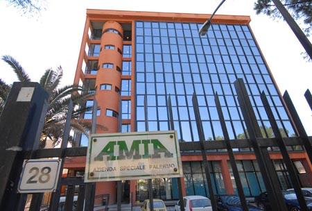 Palermo, rifiuti: RAP ha comprato l'AMIA