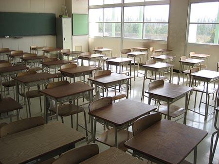 Sicilia, allarme scuola: una su dieci è pericolosa