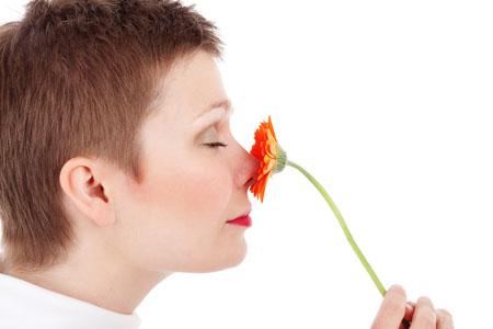 """Curiosità, Salute: il naso e i """"mille miliardi"""" di odori"""