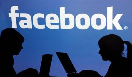 Facebook, diffamazione valida anche per i commenti anonimi