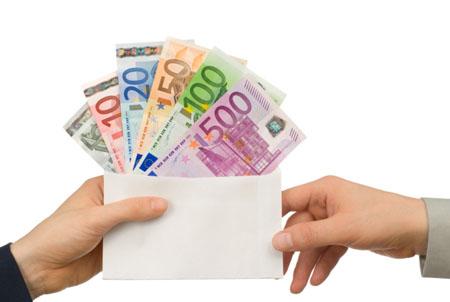 Italia, sempre peggio: stipendi mai così bassi dai 1982