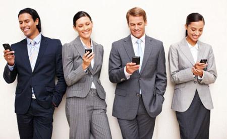 """Salute, soffri senza smartphone? Hai la """"Nomofobia""""!"""