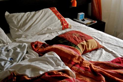 Curiosità, rifare il letto? Fa male alla salute!