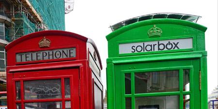 Londra, al via le cabine verdi per ricaricare il cellulare