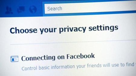 Facebook, più privacy per gli utenti