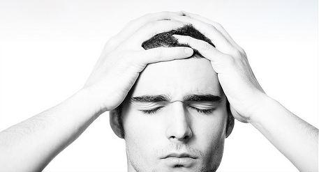 Salute, mal di testa: ne esistono più di duecento tipi