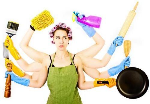 Curiosità, le casalinghe dovrebbero guadagnare 7000 Euro