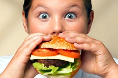 Salute, occhio agli sbalzi di sonno: si rischia l'obesità!