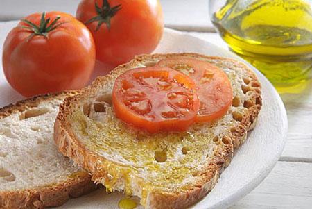 Salute, cuore protetto con la dieta mediterranea