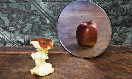Psicologia, disturbi alimentari: la colpa è dei padri?