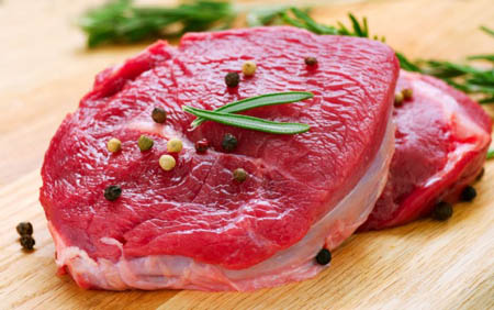 "Salute, OMS: ""la carne rossa favorisce il cancro"""