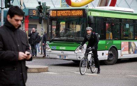 Salute, la scienza conferma: il bus aiuta a vivere meglio