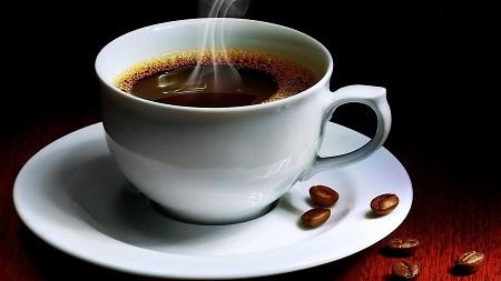 Salute, il caffé riduce i danni dell'alcool