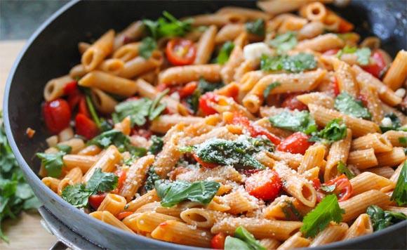 Dieta, via libera alla pasta: non fa ingrassare