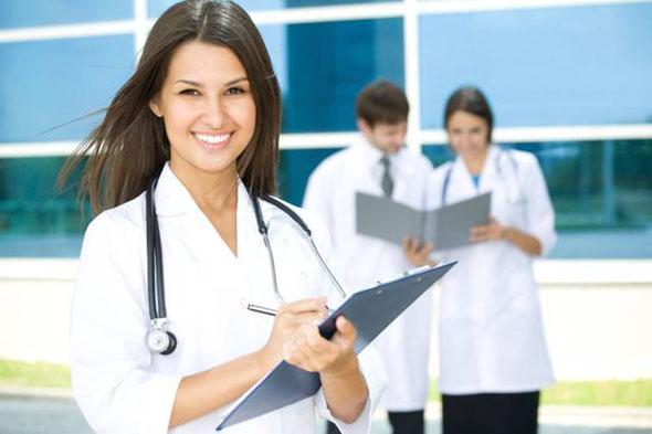 Salute, Curiosità: le cure funzionano di più quando il dottore è donna