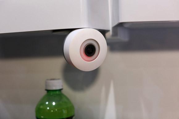 Tecnologia, Curiosità: arriva la Webcam… Per il frigorifero!