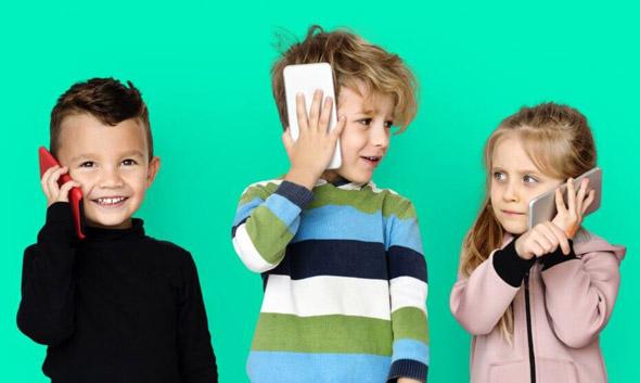 """Google rilascia """"Family Link"""", per controllare i cellulari dei propri figli"""