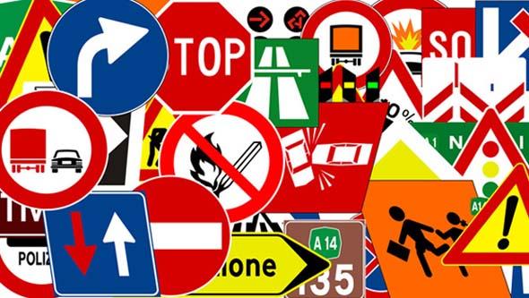 Automobili, italiani bocciati alla guida: niente cinture e troppe telefonate