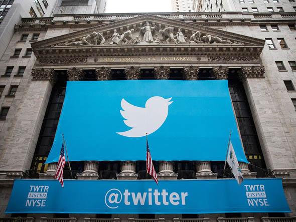 Twitter spera nel rilancio con lo streaming 24 ore al giorno
