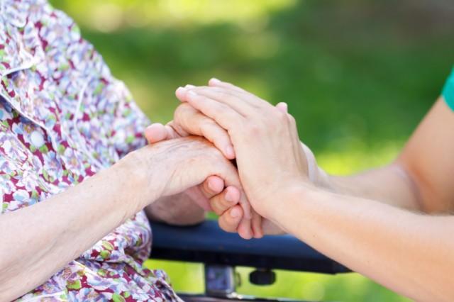 Demenza senile, ecco i nove fattori di rischio da monitorare da giovani