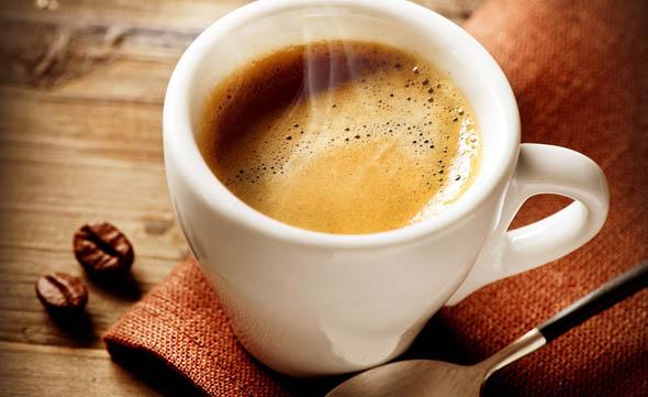 Salute, una tazzina al giorno di caffè fa vivere di più