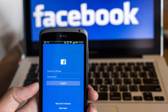Facebook - Intelligenza Artificiale che scappa di mano ai suoi creatori