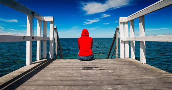 Ingannare la solitudine per ingannare noi stessi